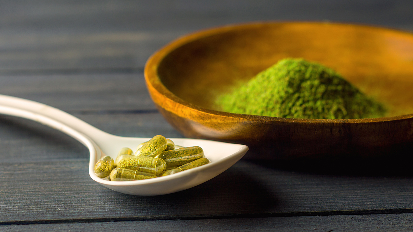 Why Many Individuals Virtually Consistently Make/Save Cash With Kratom Leaf