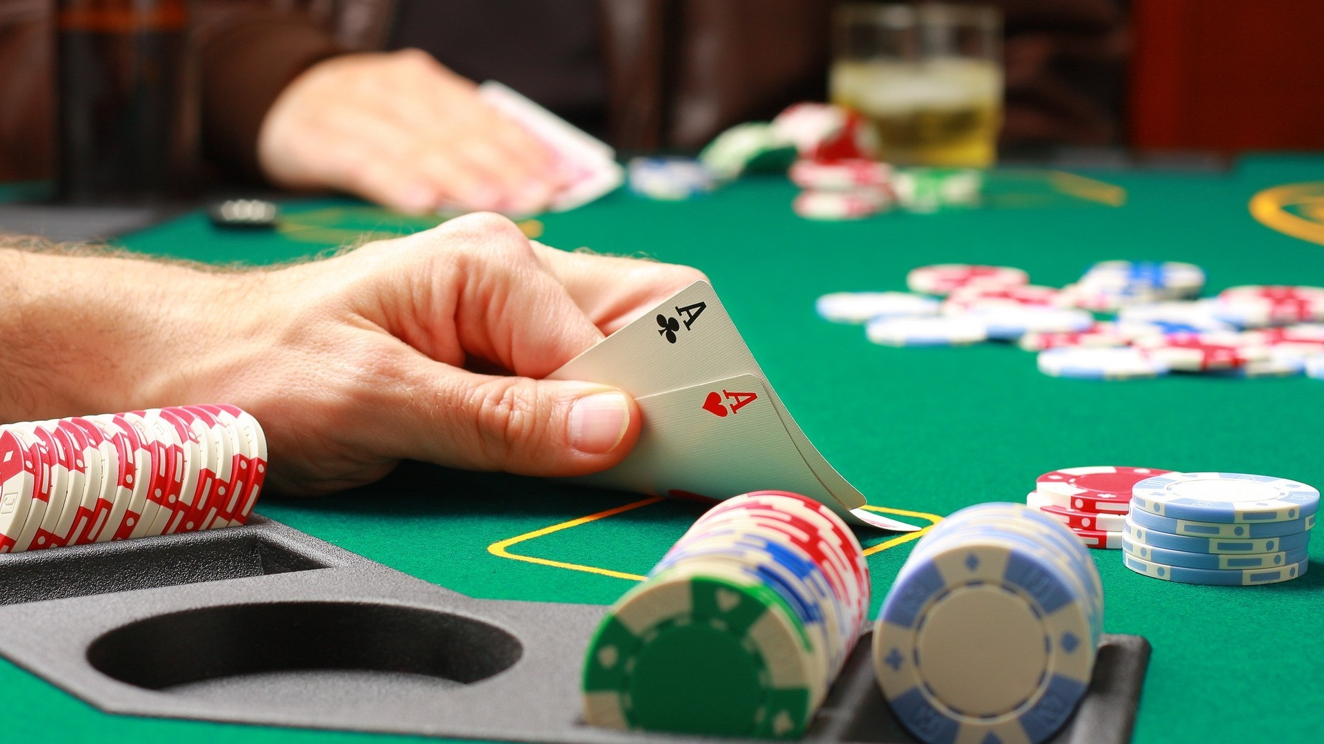 What Everyone Must Find out about Online Betting?