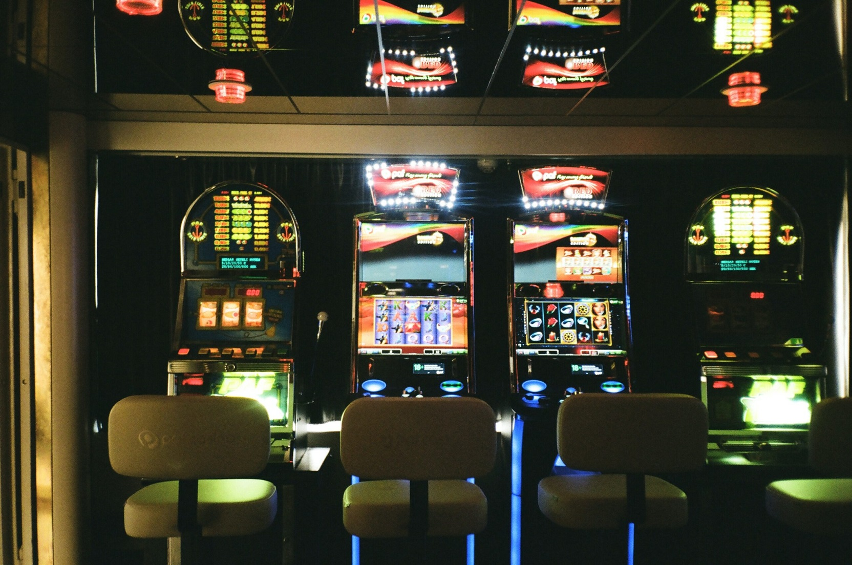 A Costly But Priceless Lesson in Online Casino